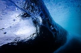 高清晰蓝色海浪壁纸