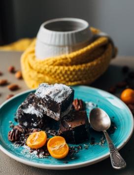 高清晰巧克力蛋糕早点壁纸