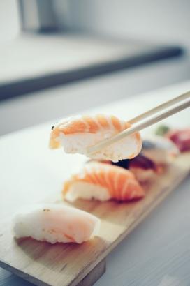 高清晰生鱼片包饭寿司壁纸