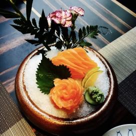 高清晰冰沙生鱼片寿司壁纸