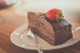 高清晰巧克力慕斯蛋糕壁纸