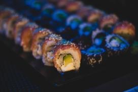 高清晰芝麻寿司美食壁纸