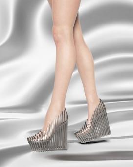 Ica&Kostika推出名为Exobiology的3D印花鞋类系列