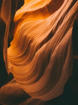 丹霞山脉洞穴