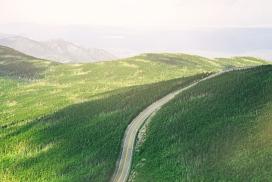 https://www.2008php.com/高清晰绿色公路壁纸