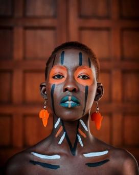 非洲部落彩妆女性人像