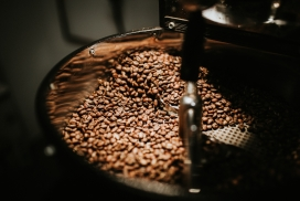 高清晰研磨的咖啡豆壁纸