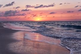 早晨的海潮