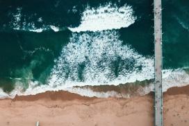 海潮水美景