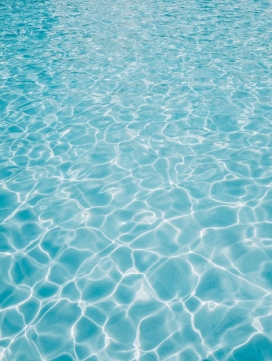 碧蓝的海水波纹