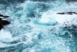 白花花的海水
