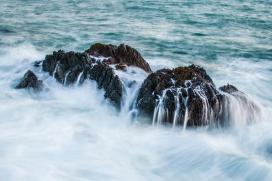 被潮汐包围的海岛