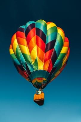炫彩的热气球