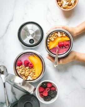 美味的芒果树莓甜品