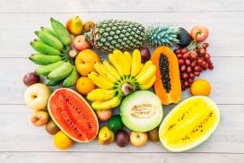 摆放整齐的水果汇