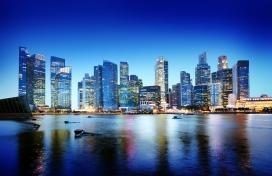 海滨城市倒影