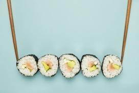紫菜寿司美食