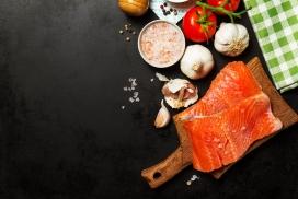 新鲜的金枪鱼料理食材