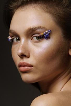 奥尔加·格拉西米克-美丽的睫毛装饰人像