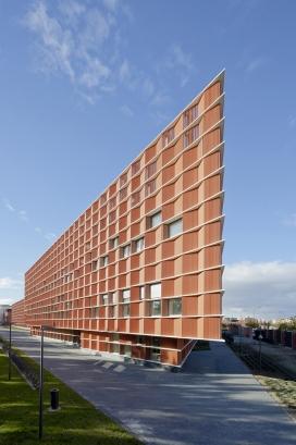西班牙21153平米的卡门马丁•盖特建筑