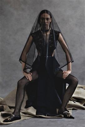 索菲·科埃拉-《 Vogue》乌克兰