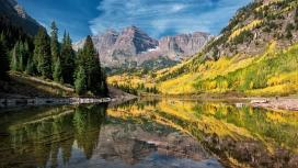秋季镜面湖