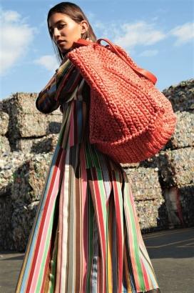 玛丽娜·德斯蒂诺-Vogue墨西哥-废物堆里的时尚