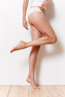 瑜伽女郎大腿写真