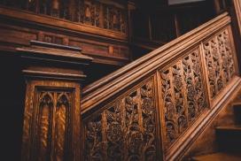 欧式复古木质楼梯扶手