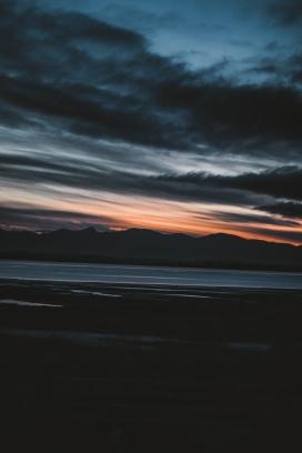 日落西山美图