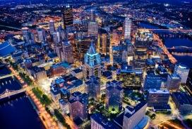 璀璨的都市夜景图