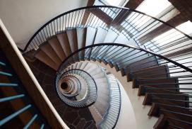 欧式旋转大楼梯