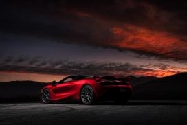 红色妖艳的McLaren 720s