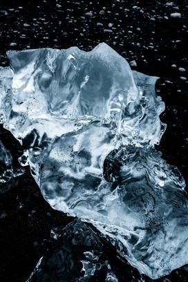 蓝色冰水图片