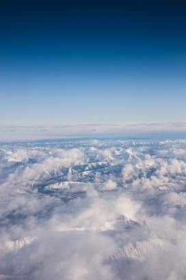 蓝天下的白云山