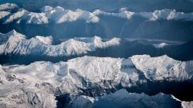 冬季雪山风景图